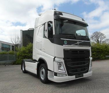 Volvo FH500 2 camiones disponibles todavía